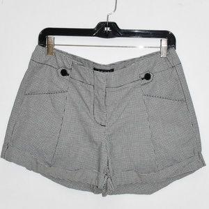 NWT Theory Blk/Wht Checked Cuffed Shorts sz 6